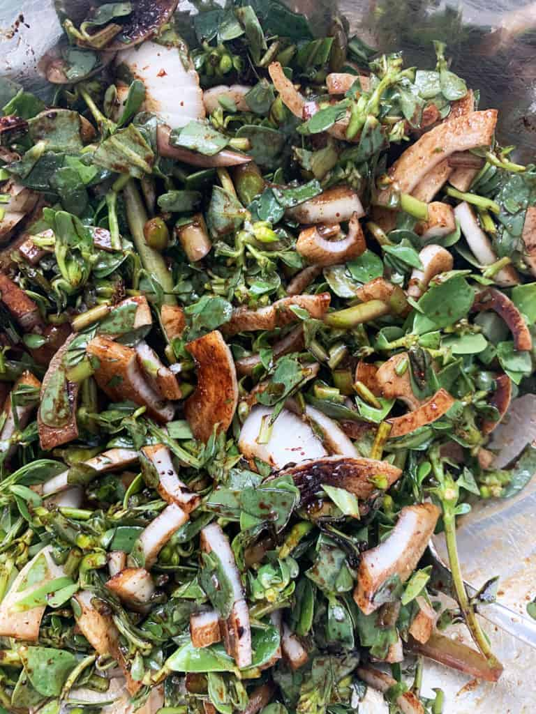 Purslane recipe - Purslane/bakleh mixture for purslane pocket recipe