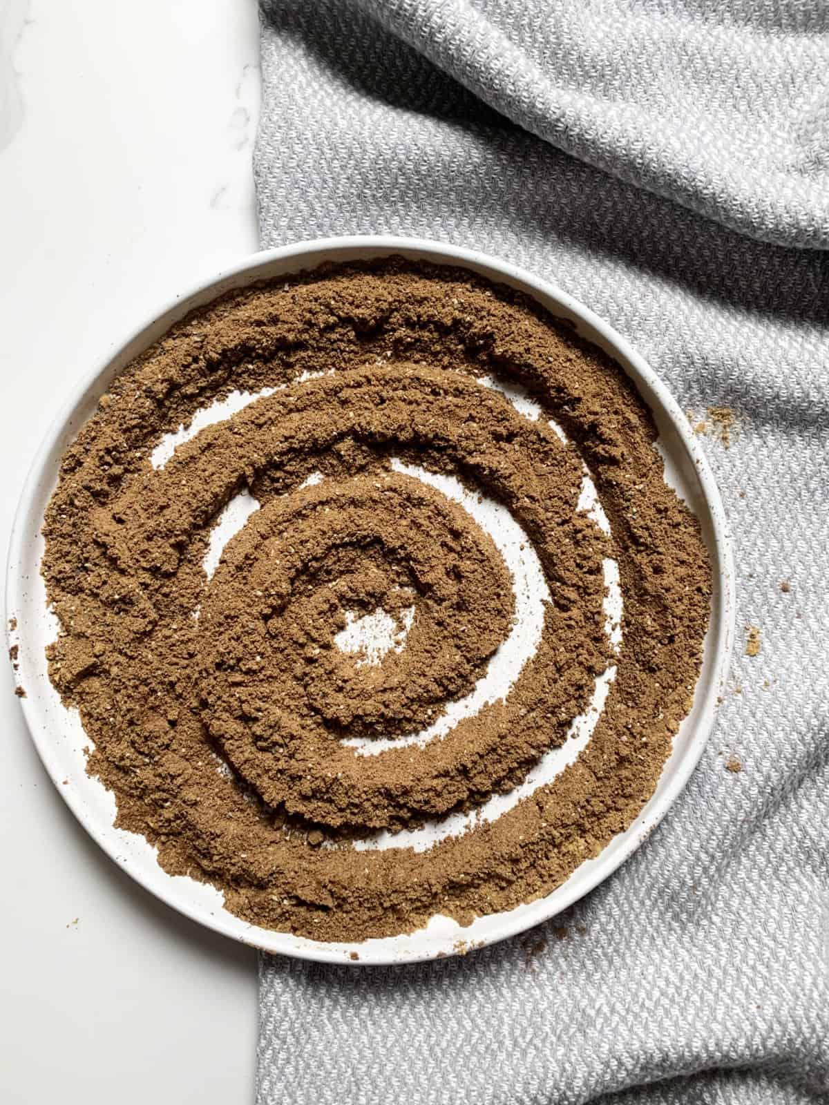 mixing lebanese 7 spice