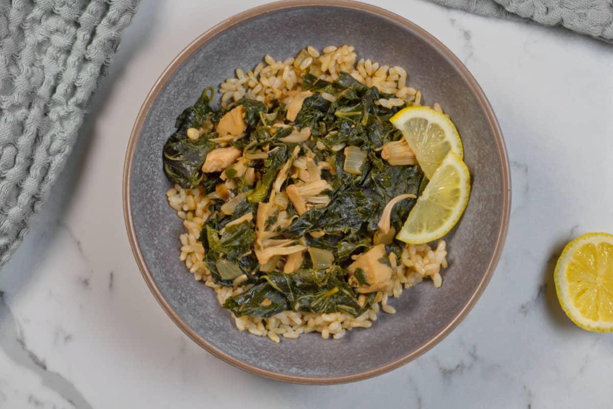 vegetarian molokhia in a grey bowl